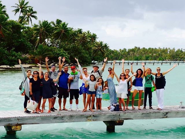 Most of the fabulous yogis and yoginis on the Yoga Journey to a far away paradise island  in the archipelago of TAHITI. Heading there again this December. Would you like to come along?? #yogajourneyswithulrika #yogatravel #yogalove #yogatrip #yogalife #yogalifestyle #yogaretreat #yogajourney #yogadaily #yogaeverywhere #yogainspiration #yogaeveryday #islandyoga