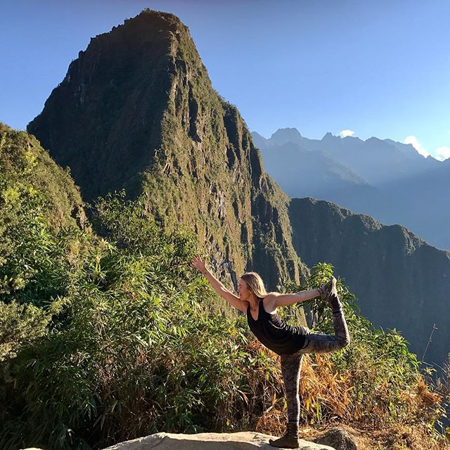 Some days blow our minds more then others... Did a 90 minute solo sunrise yoga practice at Machu Picchu, then hiked this beautiful peak, Wayna Picchu with the group and we all made it to the top. Epic! .#yogajourneyswithulrika #yogatime #yogalove #yogainspiration #yogaeveryday #yogafun #yogaretreat #yogini #yogaeverywhere #yogaeveryday #yogafam #yogalifestyle #yoga