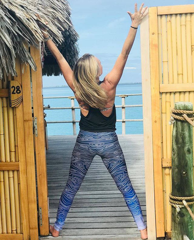 "We get to stay here?!? I'm not a fan of the ""one day"" expression as I believe in living in the NOW, but in this case THIS is how I'd like to live one day... Now off teaching the first yoga class on the Yoga Journey to Tahaa. Yoga pants from @root_to_rise_official :))) #yogajourneyswithulrika #yogalover #yogalife #yogalifestyle #yogapants #yogainspiration #yogaretreat #yogaretreat #yogajourney #yogatime #yogafun #yogapractice #yogaphotography #yogaeveryday #yogaeverywhere #yogaeverydamnday #yogaislife #iloveyoga #yogaday #instayoga #yogateacher #yoga"