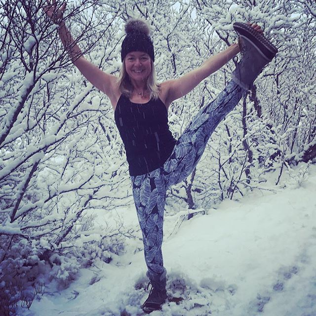 Yay, it's snowing! Woke up greeted by snowflakes on our first Yoga Journey morning in Iceland. Had to jump out the window and strike a pose. Now snowga time:).....@root_to_rise_official perfect yoga pants for the snow ️ #yogajourneyswithulrika #iceland #yogaretreat #snow #yogatime #yogaeveryday #yogaeverywhere #yogalover #yogalife #yogafun #yogainspiration #yogajourney #yogaforlife #yogapants #yogateacher #yogatime #yogafun #yogagram #yogisofinstagram #yogafam #yogamom #yogadaily #yogaeverydamnday #yoga #yogatime #yogi #yogini