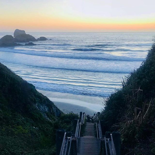 Stairway to heaven captured by Esalen Yogini @mayerj2. For the past 15 years or more so many yogis and yoginis return to the annual Yoga Journey I lead @esalen in Big Sur, it's become a sacred pilgrimage... a stairway to heaven on earth. Thank you to all who have joined me once, twice, three times or almost made it to all!....#yogajourneyswithulrika #yogajourney #stairwaytoheaven #yogaretreat #pilgrimage #instayoga #yogisofinstagram #yogainspiration #esalen #bigsur #yogalife #yogalover #yogalove #yogaeverywhere #yogalifestyle #yogacommunity #yogafam #yogamom #yogaforlife #yogaforeveryone #yoga #yogafun #yogatime #yogateacher #yogagram #yogisofinstagram #yogaeveryday #yogaeverydamnday #yogainstructor #yogadaily
