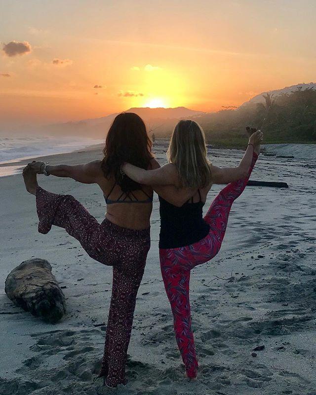 Follow, follow the sun... she's bringing me back to co-lead a Yoga Journey in COLOMBIA 🇨🇴 this winter with @pilarcasoyoga. Come along! ....#yogajourneyswithulrika #yogatravel #yogalife #yogalover #yogalove #yogaretreat #yogajourney #yogainspiration #yogagram #yogisofinstagram #instayoga #yogalifestyle #yogateacher #yogapractice #yogadaily #yogagirl #yogini #yogi #yogacommunity #yogaforeveryone #yogaforlife #yogamotivation #yoga #yogafam #yogaeveryday #yogaeverywhere #yogafit #yogis #yoginisofinstagram