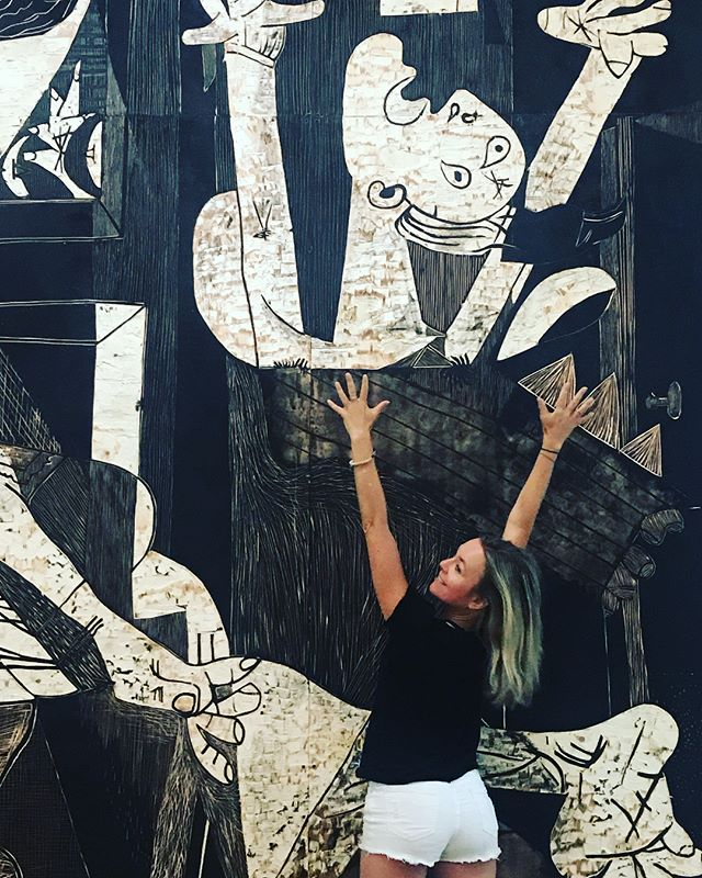 Picasso is one of my Yoga teachers, anyone with an open and artistic mind that ignite my imagination is. More often than not I practice yoga outside the studio with artists, naturalists, expressionists and healers. Yoga is an art expression as much as it is a human laboratory for the body and soul.....#yogajourneyswithulrika #picasso #yogateacher #yogainstructor #yoga #yogalife #yogalove #yogalover #yogalifestyle #art #instayoga #yogafun #yogainspiration #yogaeveryday #yogaeverywhere #yogini #instayoga #yogisofinstagram #yoga #paris #yogi #yogapractice #yogafit #yogadaily #yogatime #yogatravel #yogagram #yogini #yoginisofinstagram