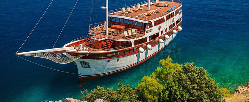 yacht journey